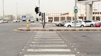 """""""المرور"""" ينفي صحة إقرار مخالفة على تجاوز الإشارة الصفراء"""