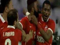 الأهلي الإماراتي يتعادل مع العين ويتأهل لربع نهائي أبطال آسيا