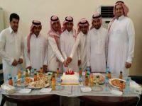 منسوبو وزارة الصناعة والغرفة التجارية يحتفلون  بعقد قران أحمد عبدالله الرويلي